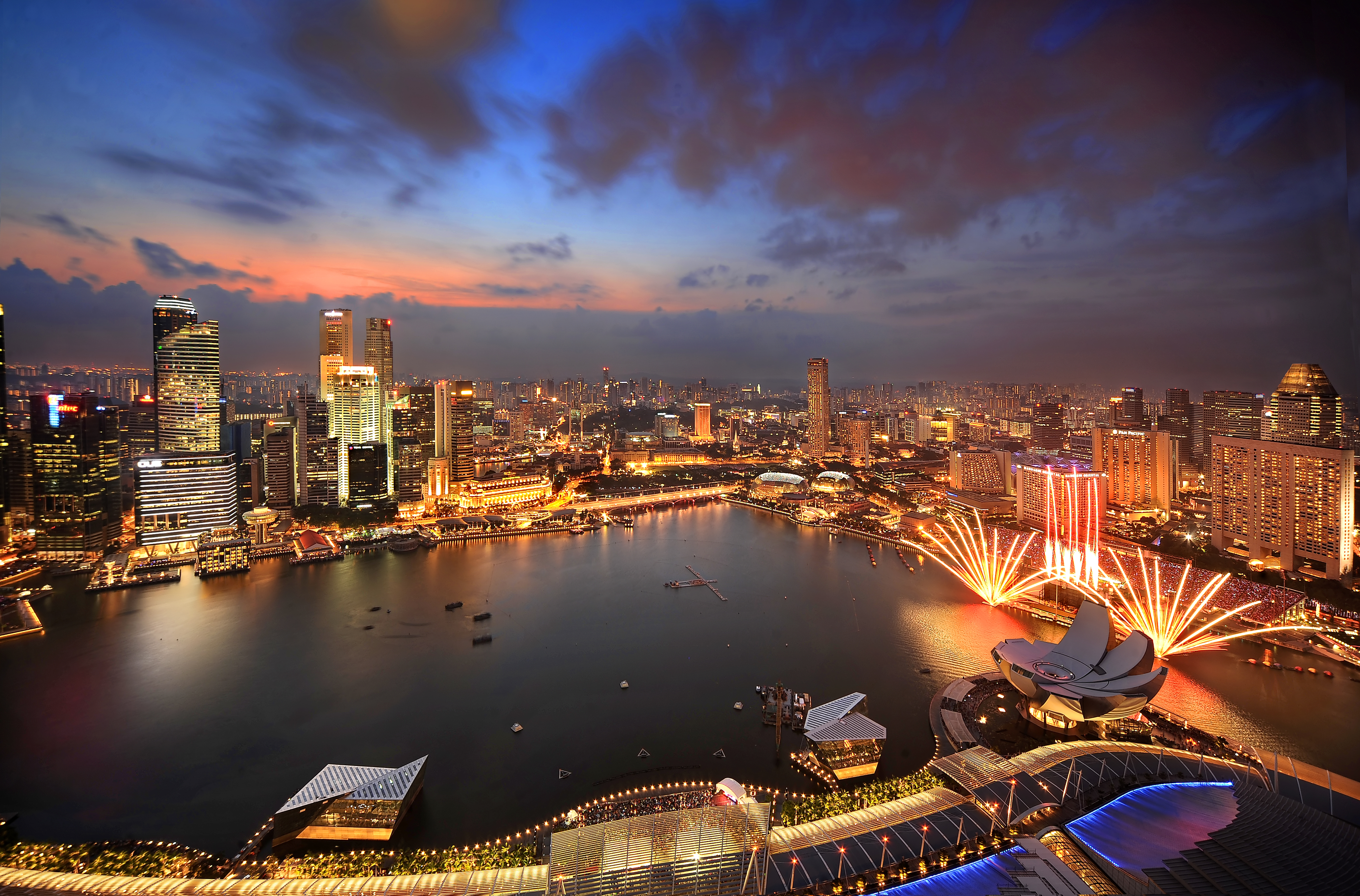 Marina Bay Sands by night fireworks for Singapore Grand Prix - Singapore Grand Prix Packages