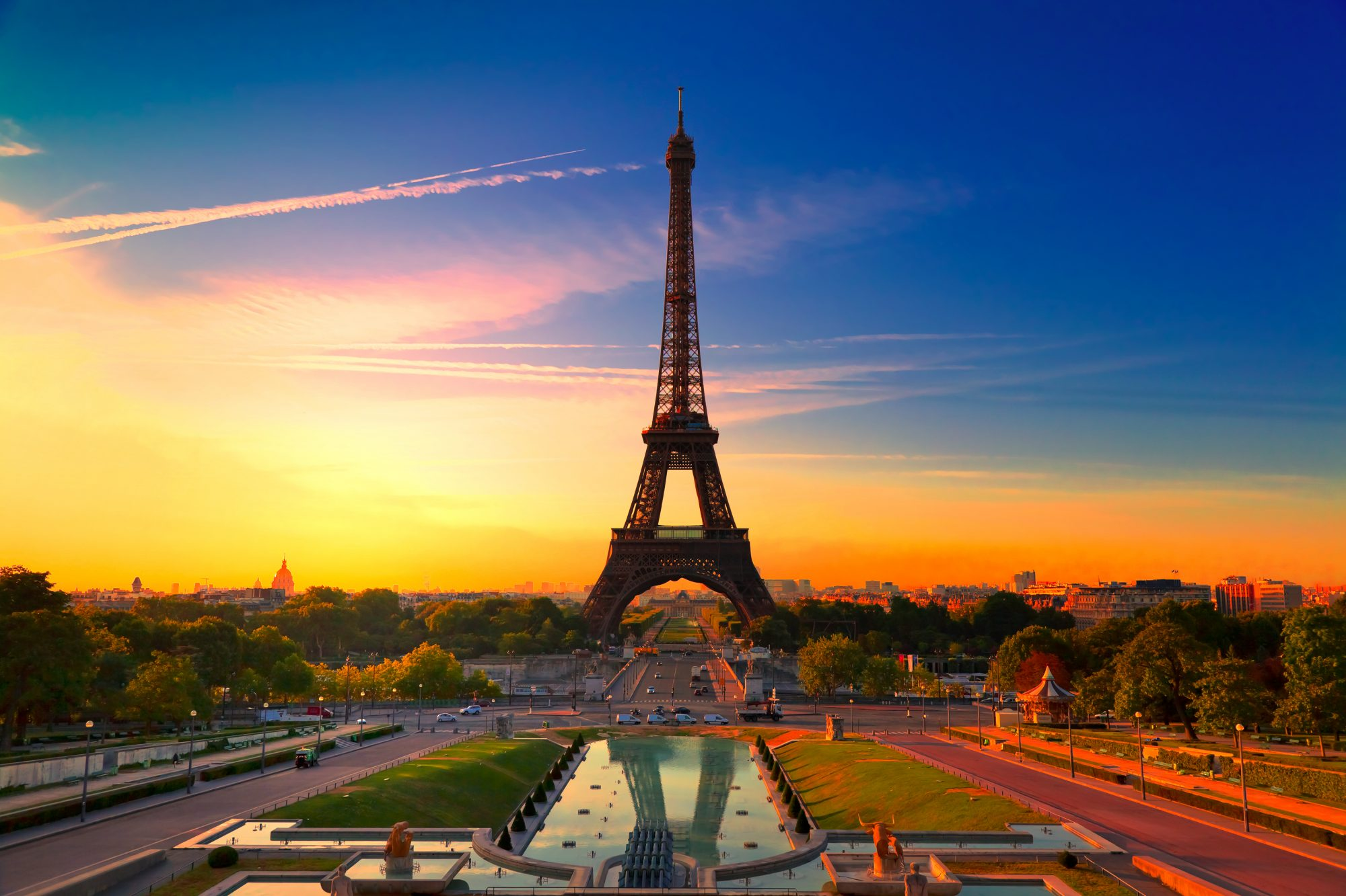 The eiffel tower - french open packages
