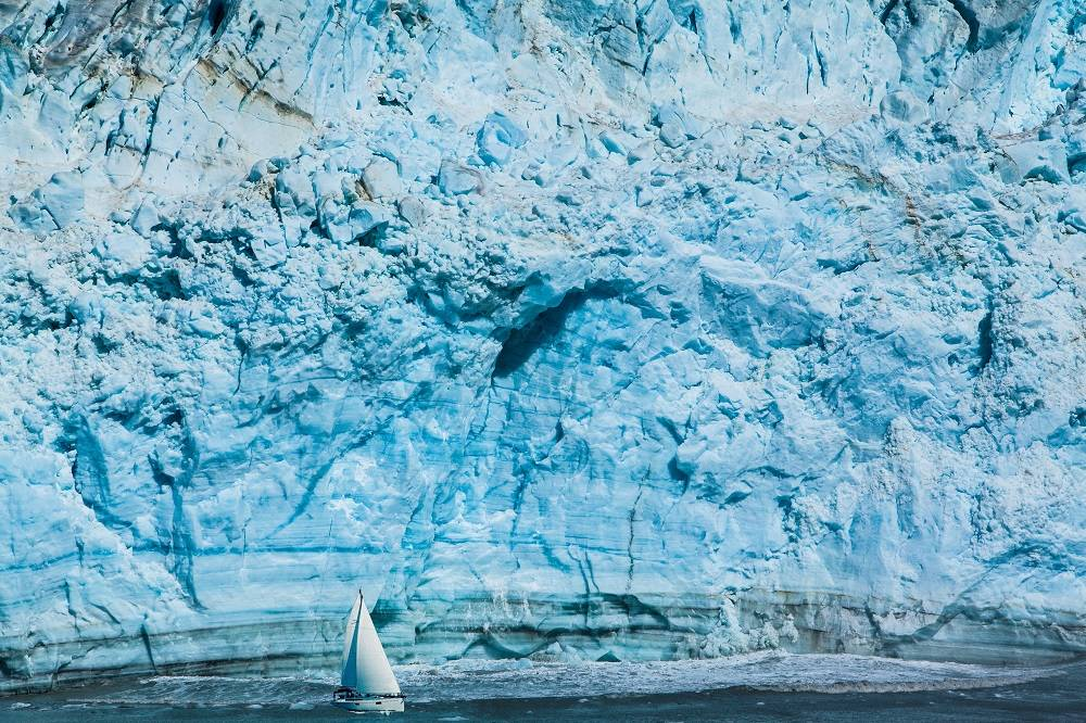 antarctic-antarctic-peninsula-min
