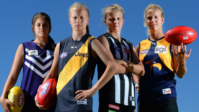 womens-AFL-Football-league-greatest-sporting-moments-10