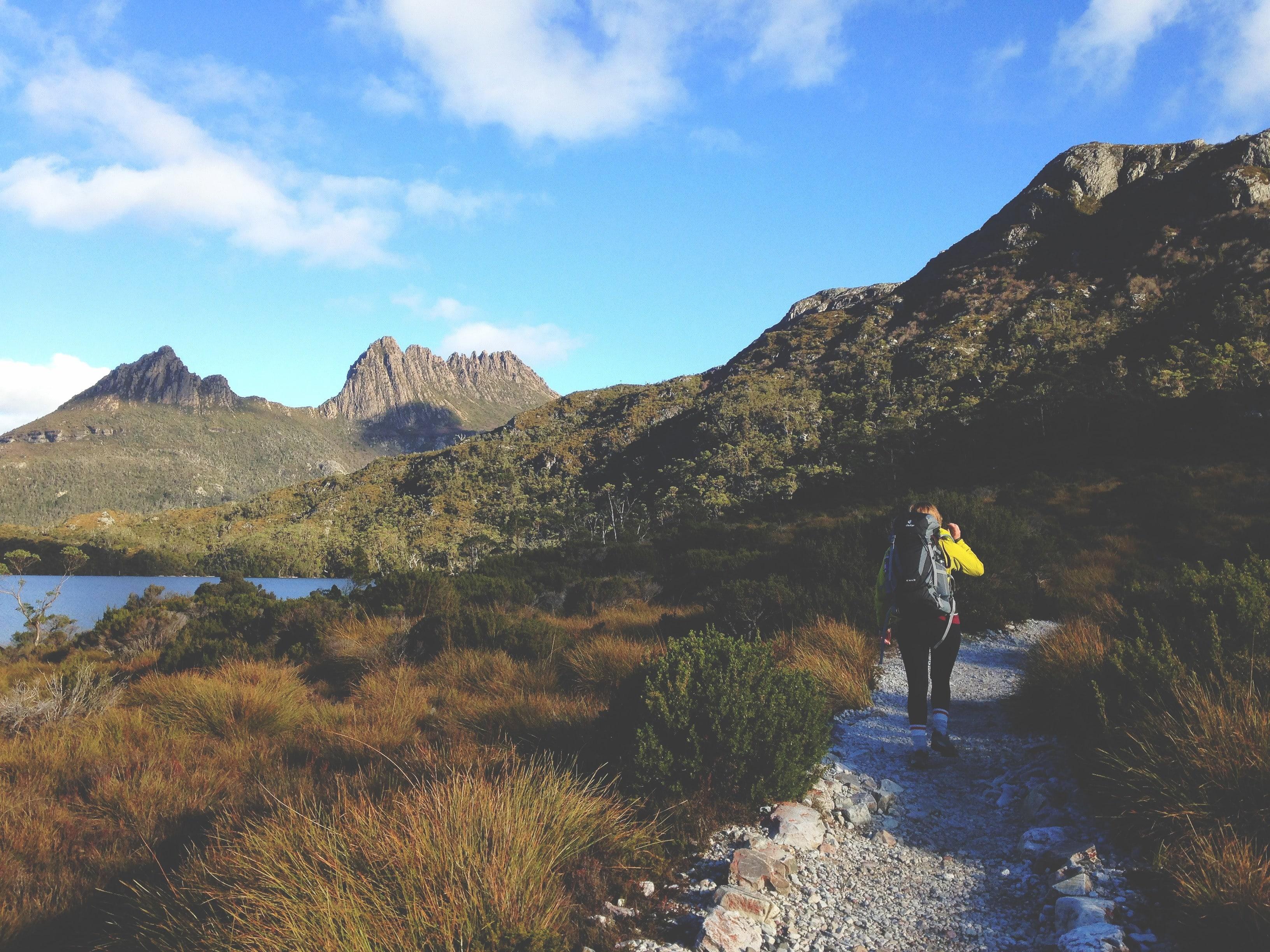 outdoor school trips australia - cradle mountain