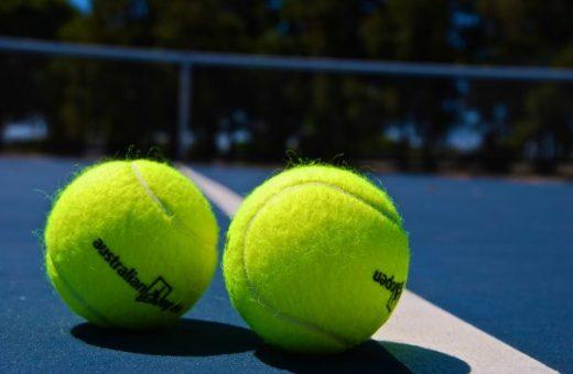 tennis balls on courtside - australian open packages